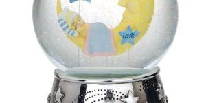 Reed and Barton Sweet Dreams Musical Water Globe